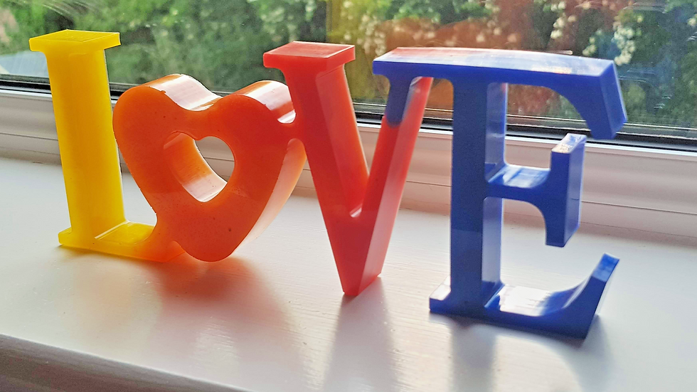 Freestanding Love Letters