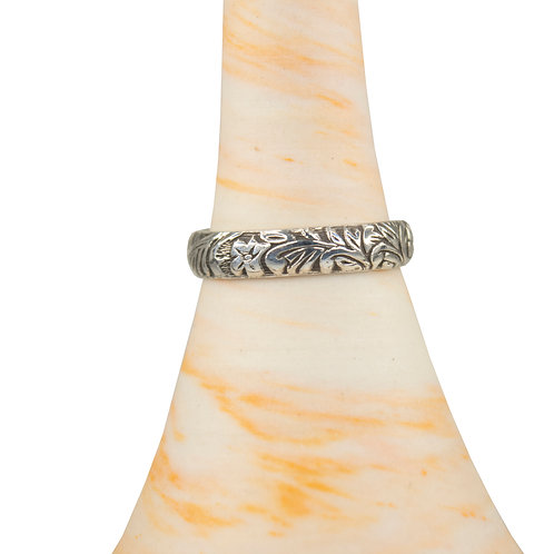 Floral scroll band ring