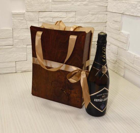 Пакет деревянный для вина.jpg