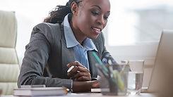 2208586-lentrepreneuriat-des-femmes-en-afrique-un-chemin-vers-lemancipation-web-tete-03023