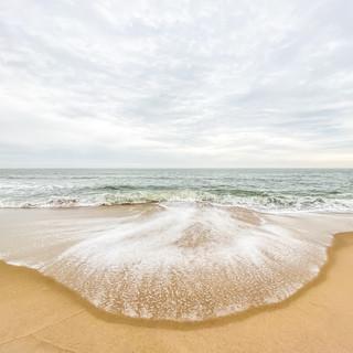 Jellyfish Waves