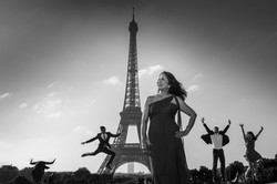 mother and her family in paris