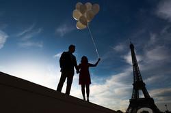 silhouette ballon eiffel tower