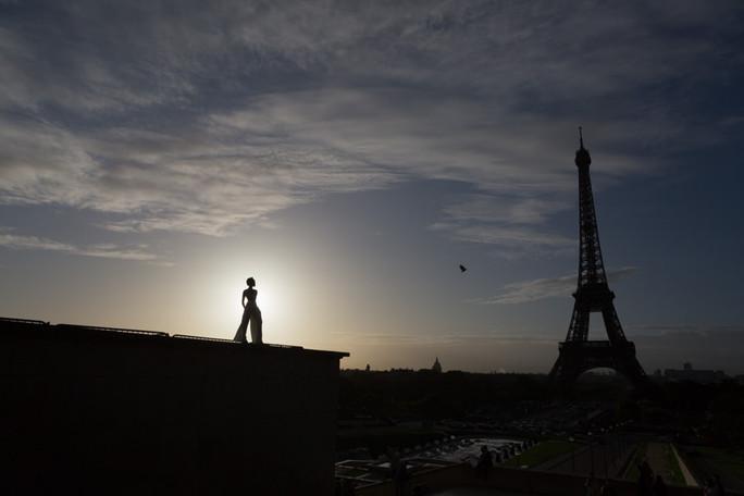 Solo photo session Paris 7.jpg