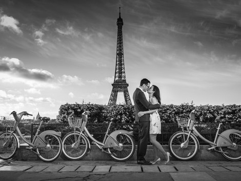 Beautilful session at the Eiffel Tower