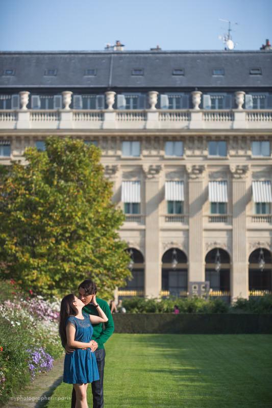 Kissing in Palais Royal Garden