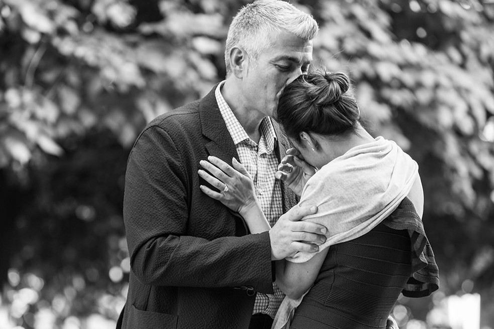 Surprise marriage proposal at Palais Royal Garden