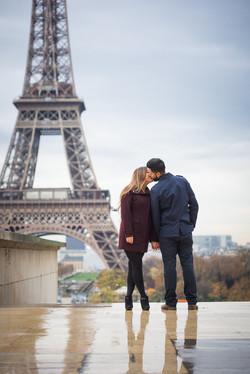 french kiss at Trocadero