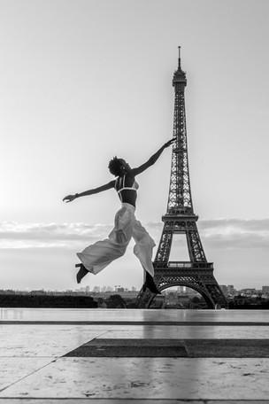 Solo photo session Paris.jpg