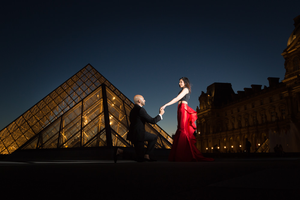 proposal at le louvre at night
