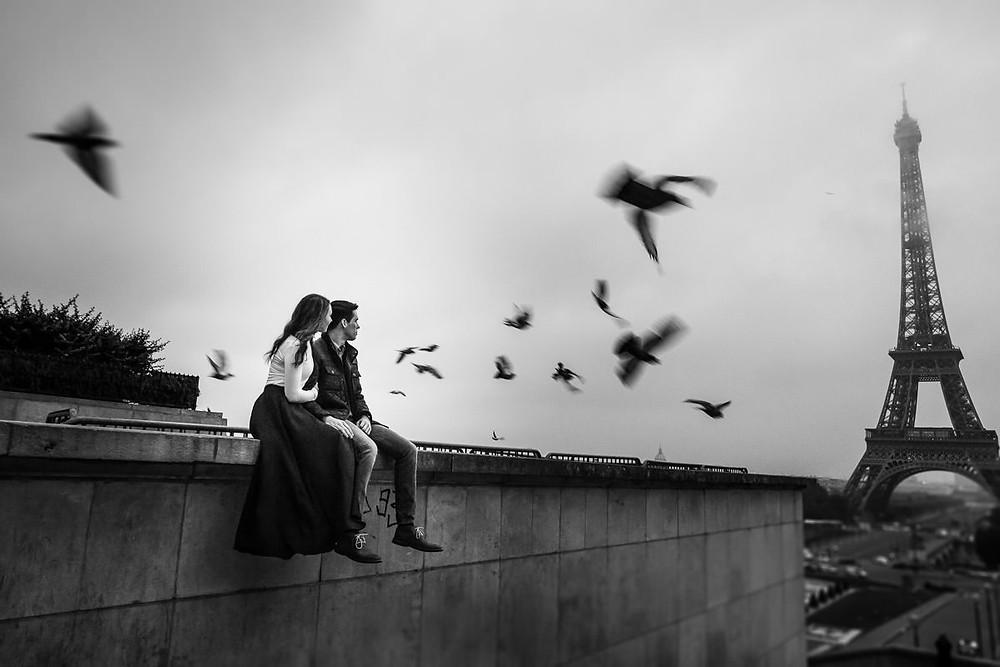 Paris photographer engagement session