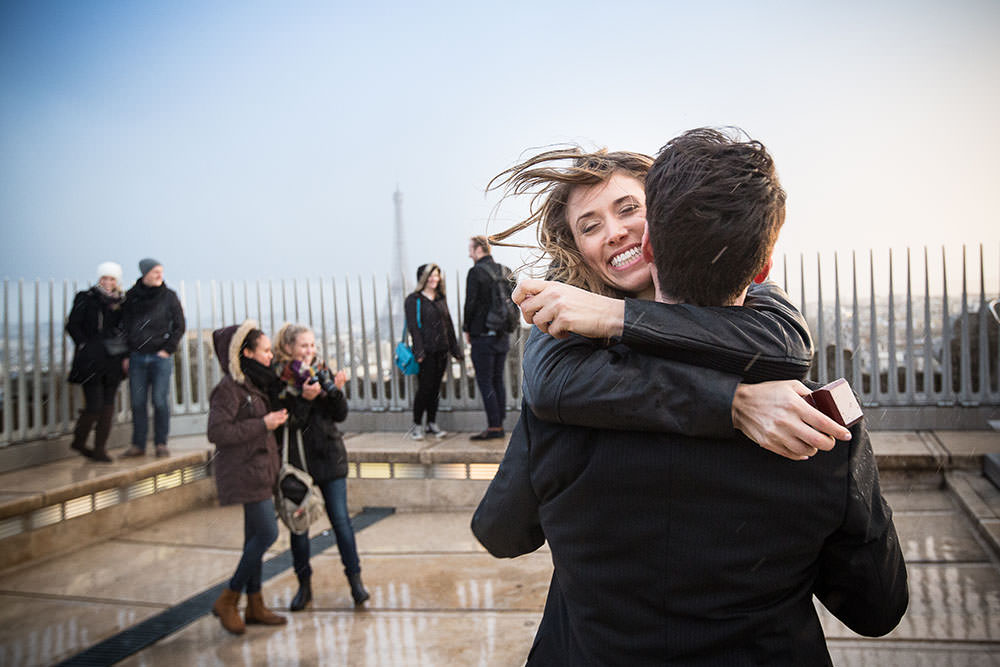 surprise proposal on Arc de triomphe