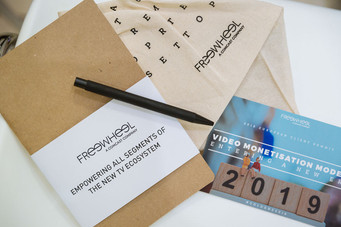 Dmexco-cahier et stylo.jpg