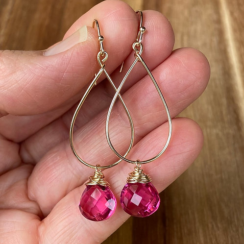 Pink Qtz Teardrop Earrings - Gold