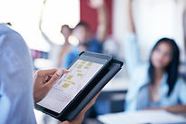 Insegnante con i Tablet