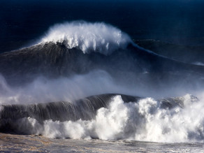 Largest Waves In The World!