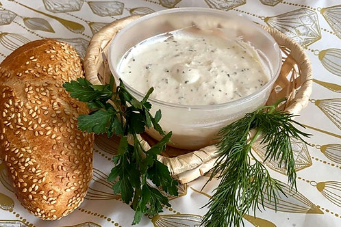 Крем сыр с травами.