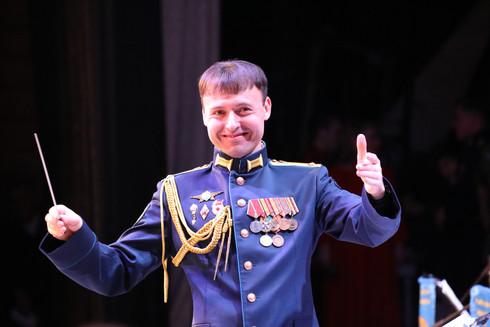 Начальник ансамбля Владислав Твердый