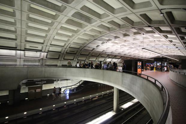 Claude Engle and Zachary Schrag Discuss DC Metro Lighting