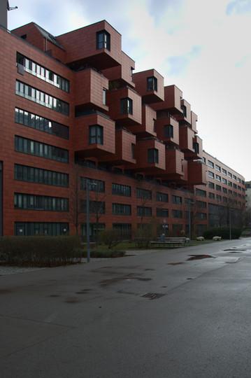 Wohnhausanlage mit Sozialzentrum ZIP