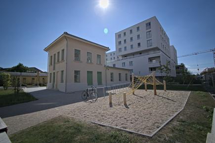 """Wohnhausanlage """"Junges Wohnen"""", Bauplatz F1"""