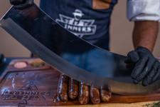 חותך נקניקיות | sinnersMeat | מוצרי בשר איכותיים אונליין