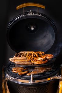 נקניקיות במנגל | sinnersMeat | מוצרי בשר איכותיים אונליין