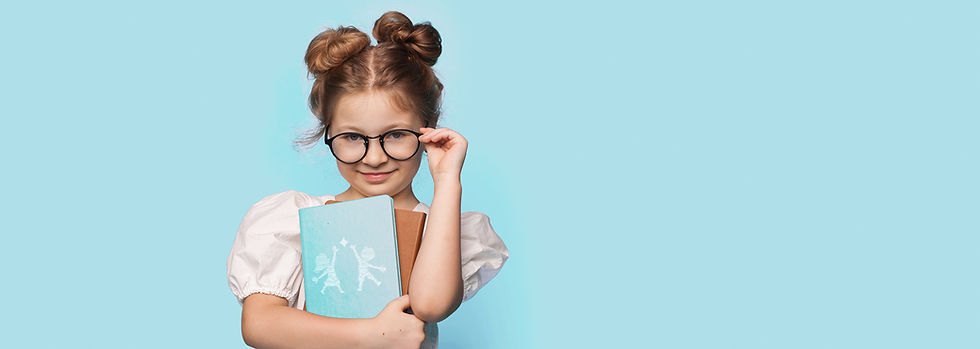 littlegirl-touching-her-glasses-embracin