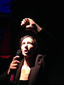 jeannette chante.jpg
