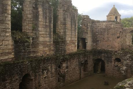 Days Out:  Spofforth Castle