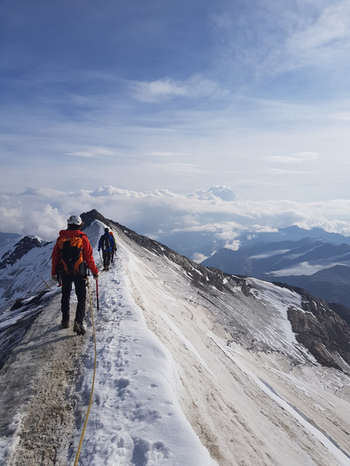 Alpine Ridge, Dolomites