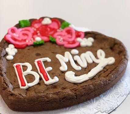 Holiday_Valentines-Heart Cookie Cake.jpg
