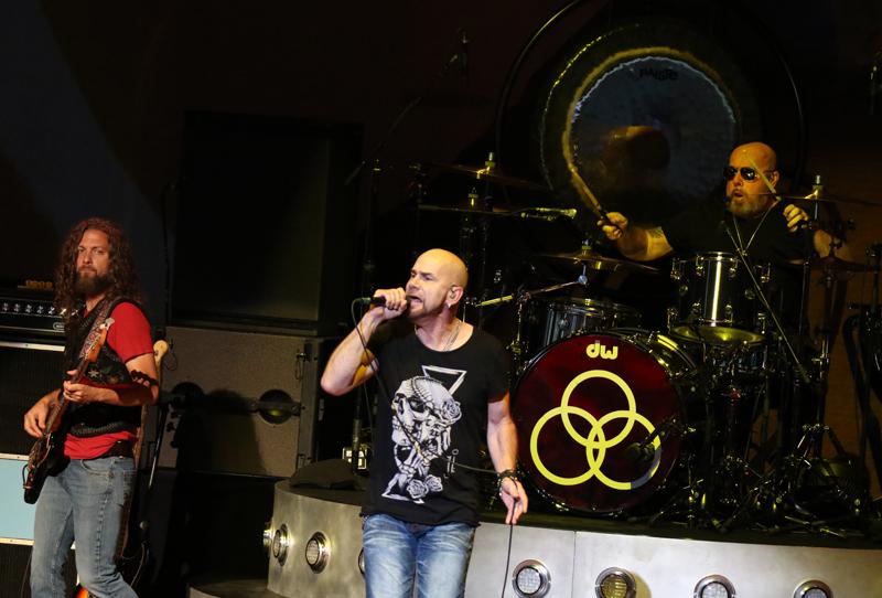 Jason Bonham LZE Band