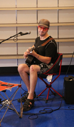 Acoustic Performer