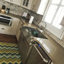 #Silestone #counters with #antiqued #cus