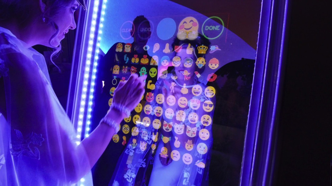 Magic Mirror Emojis