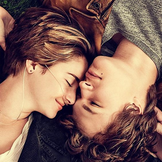 The-Fault-in-Our-Stars-2014-movie-Wallpaper.jpg