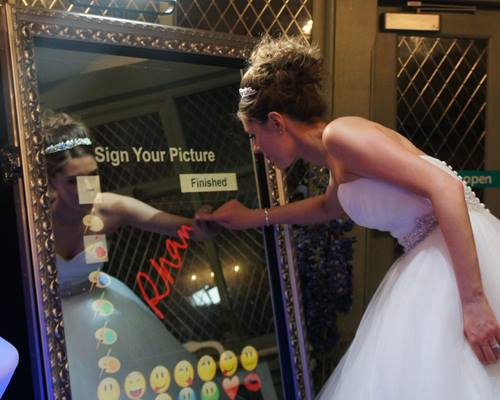 Magic Mirror Sign your photo