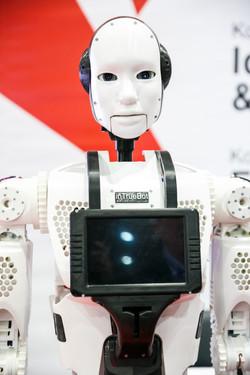 HR-робот