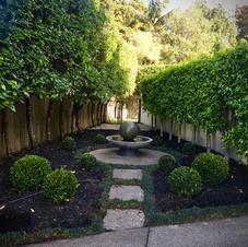 A sculptured garden by Sarah & team