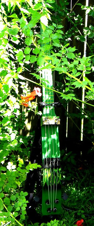 Jungle Base Guitar