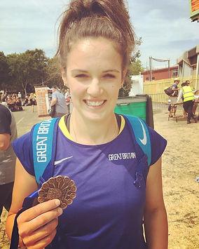 Phoebe-Dowson-2018-Medal.jpg
