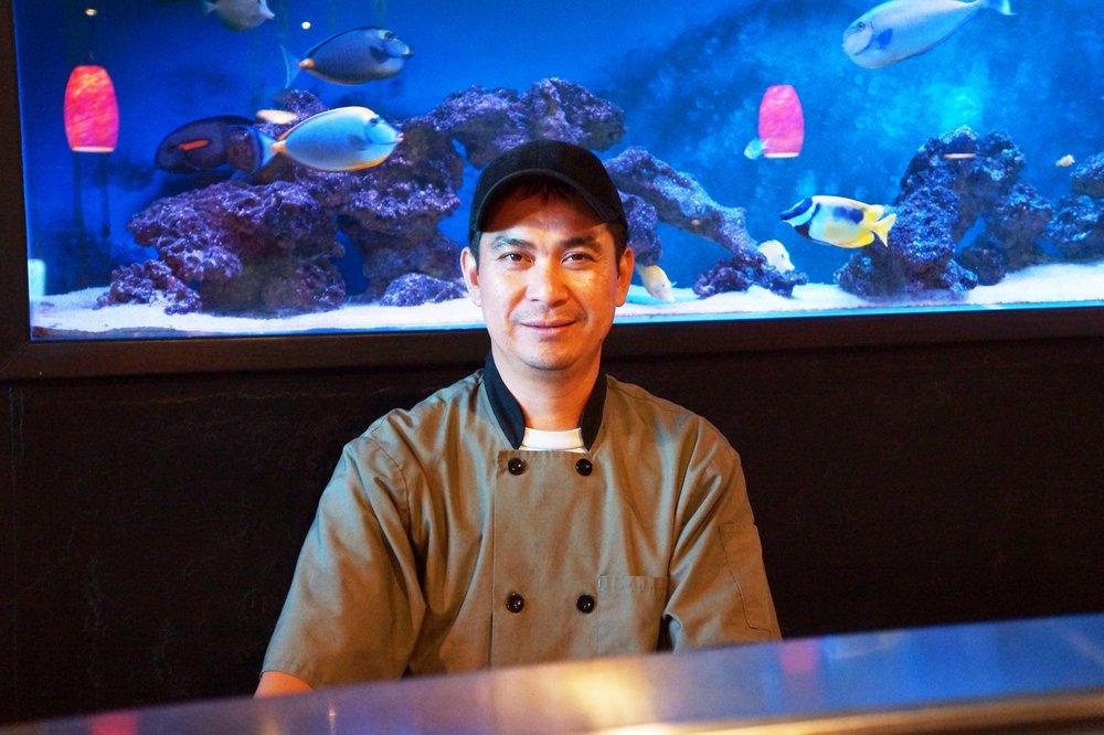 Lone - Sushi Chef