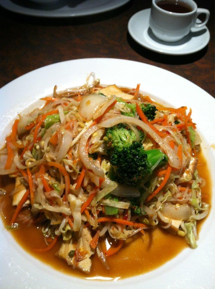Stir fry cabbage, carrots, broccoli, & tofu