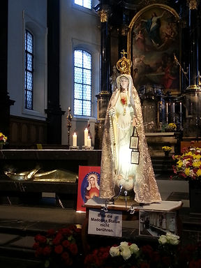 Mother Mary, Bruder Klaus