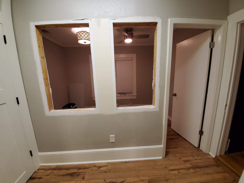 hallway002_03.jpg