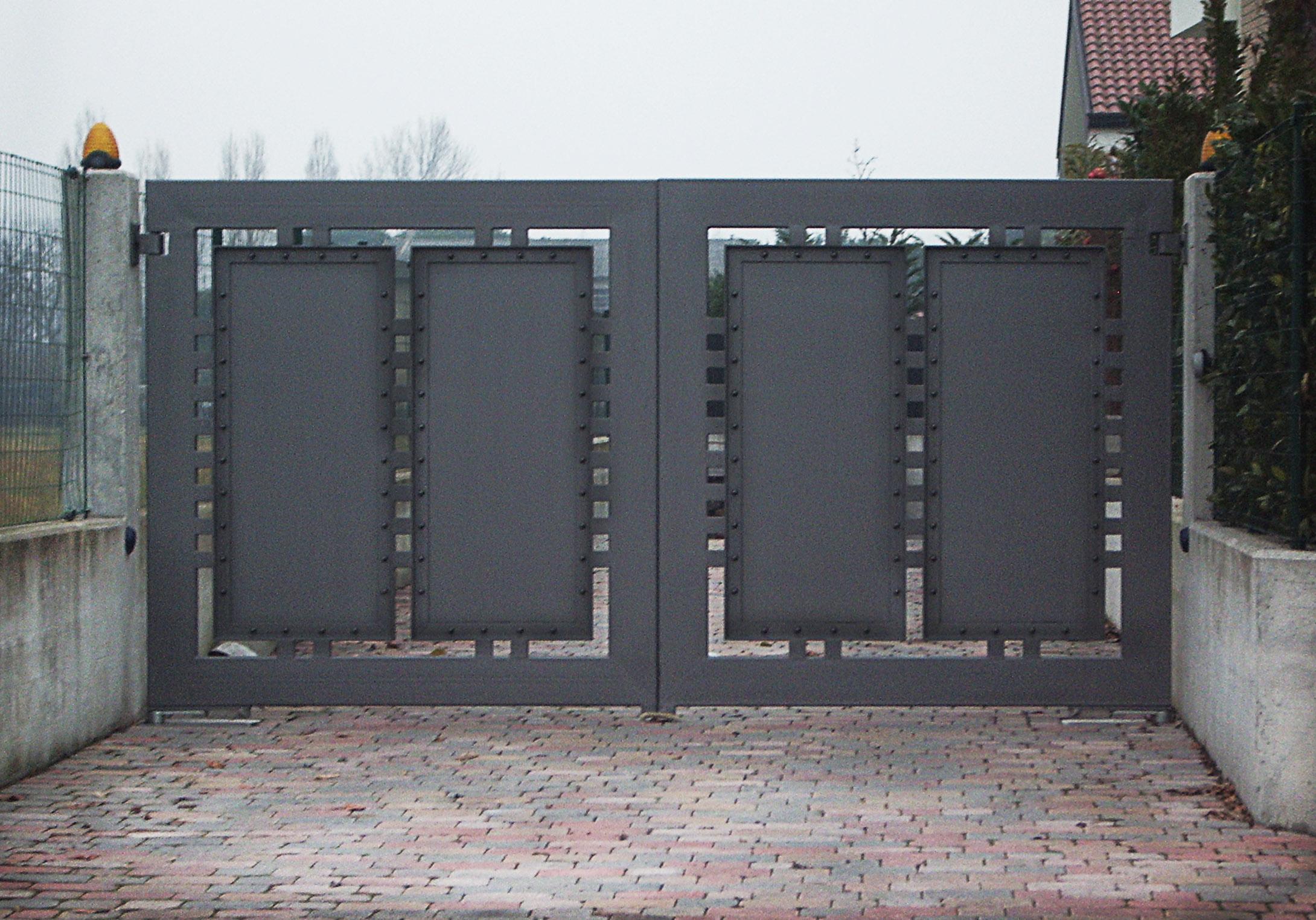 Cancello lamiera acciaio 03b