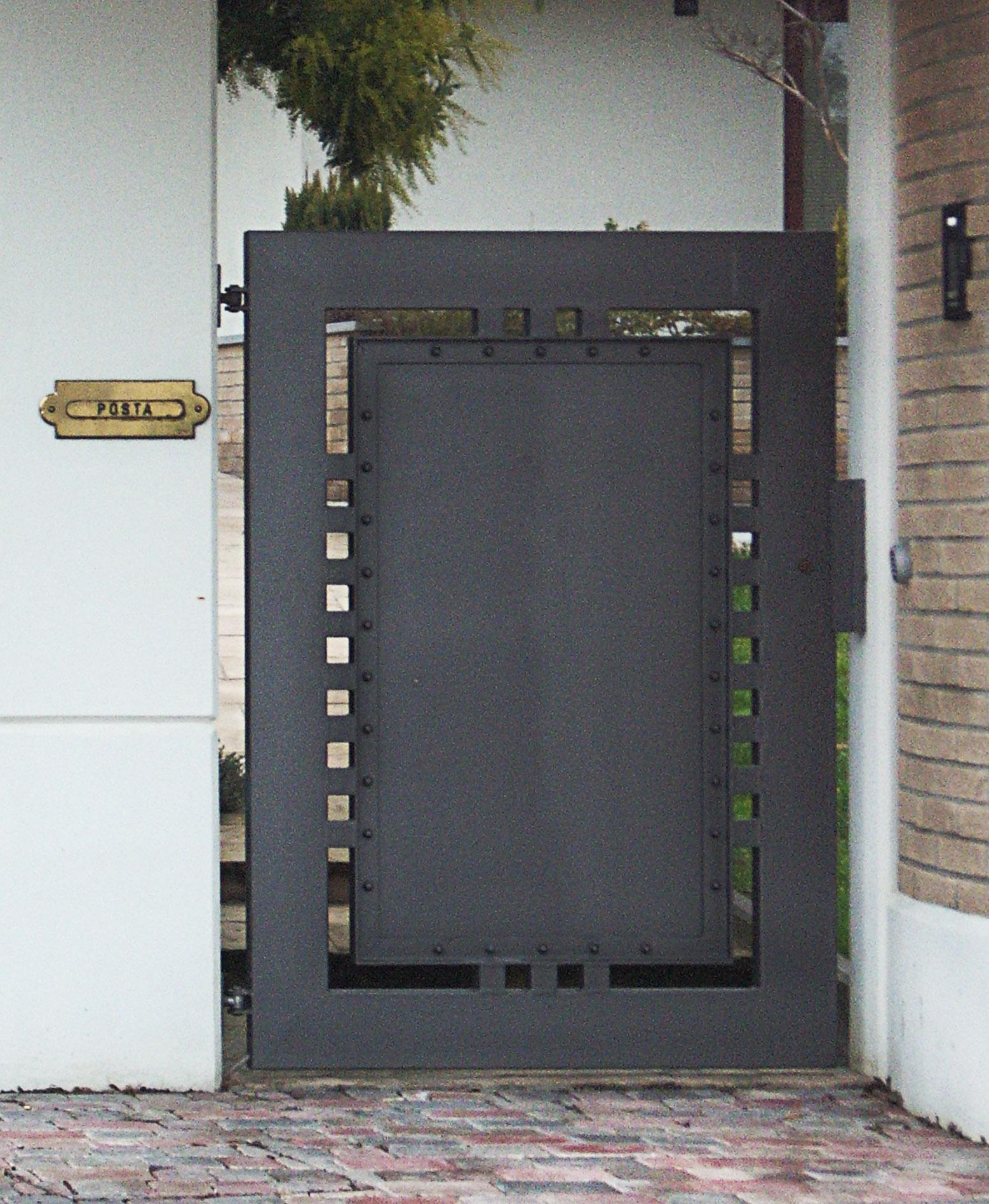 Cancello lamiera acciaio 03a