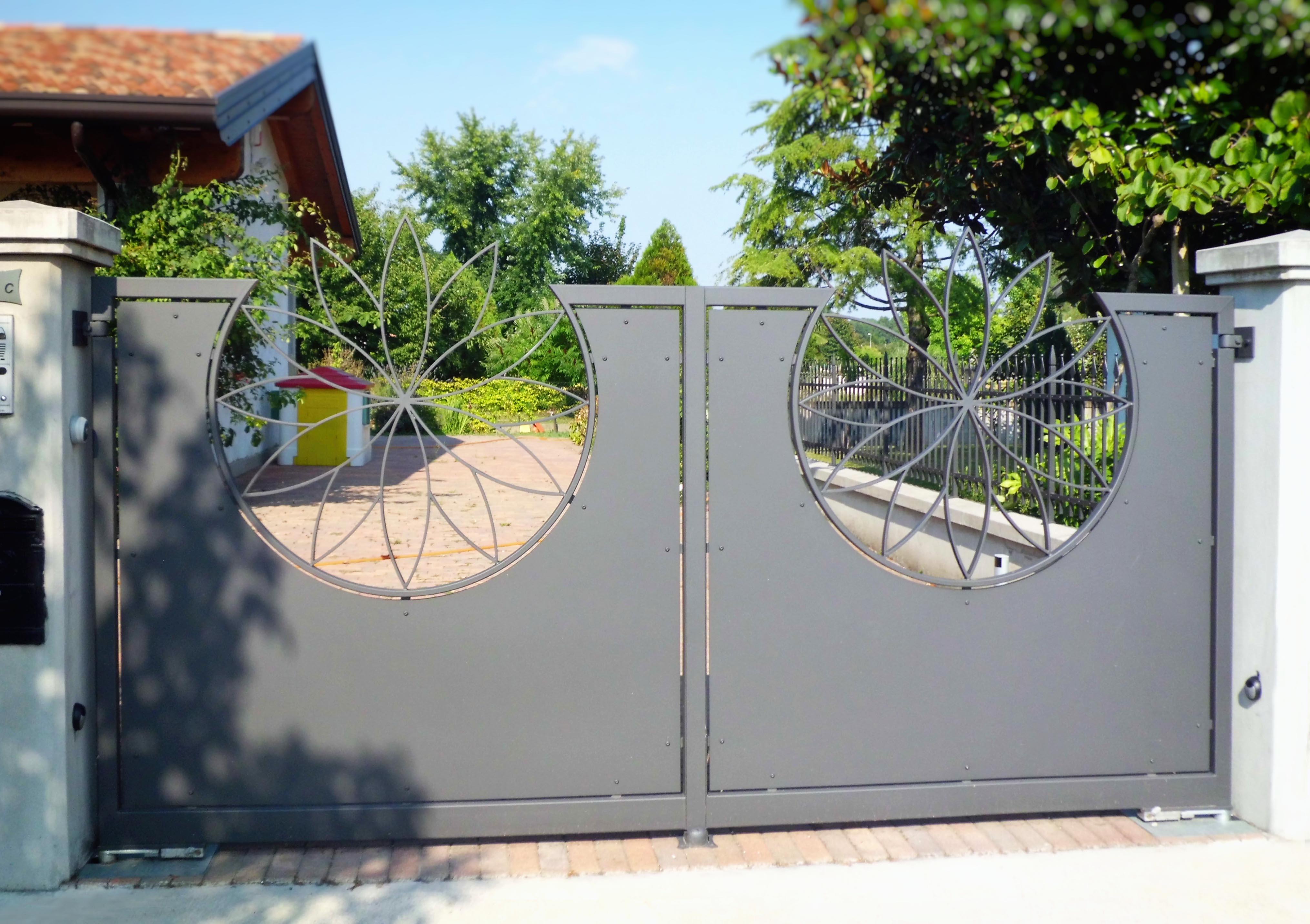 Cancello lamiera acciaio 10a
