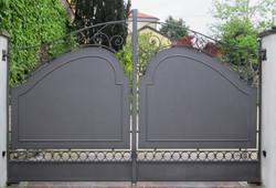 Cancello lamiera acciaio 09